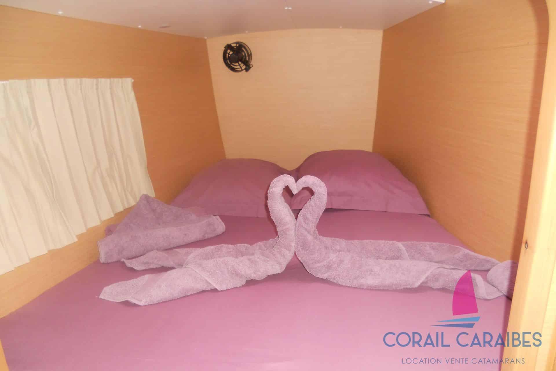 Lagoon-380-Corail-Caraibes-11